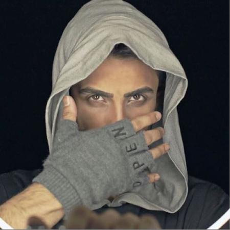 singer-mehradjam02-8