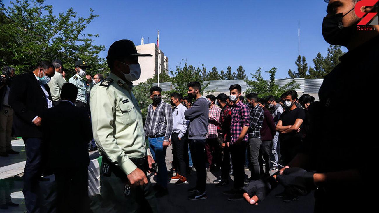 +گرداندن+متهمان+حوادث+چهارشنبه_سوری+در+خیابان+در+مشهد+ (1)