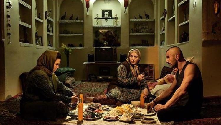 معرفی فیلم درخونگاه + اسامی بازیگران و تصاویر