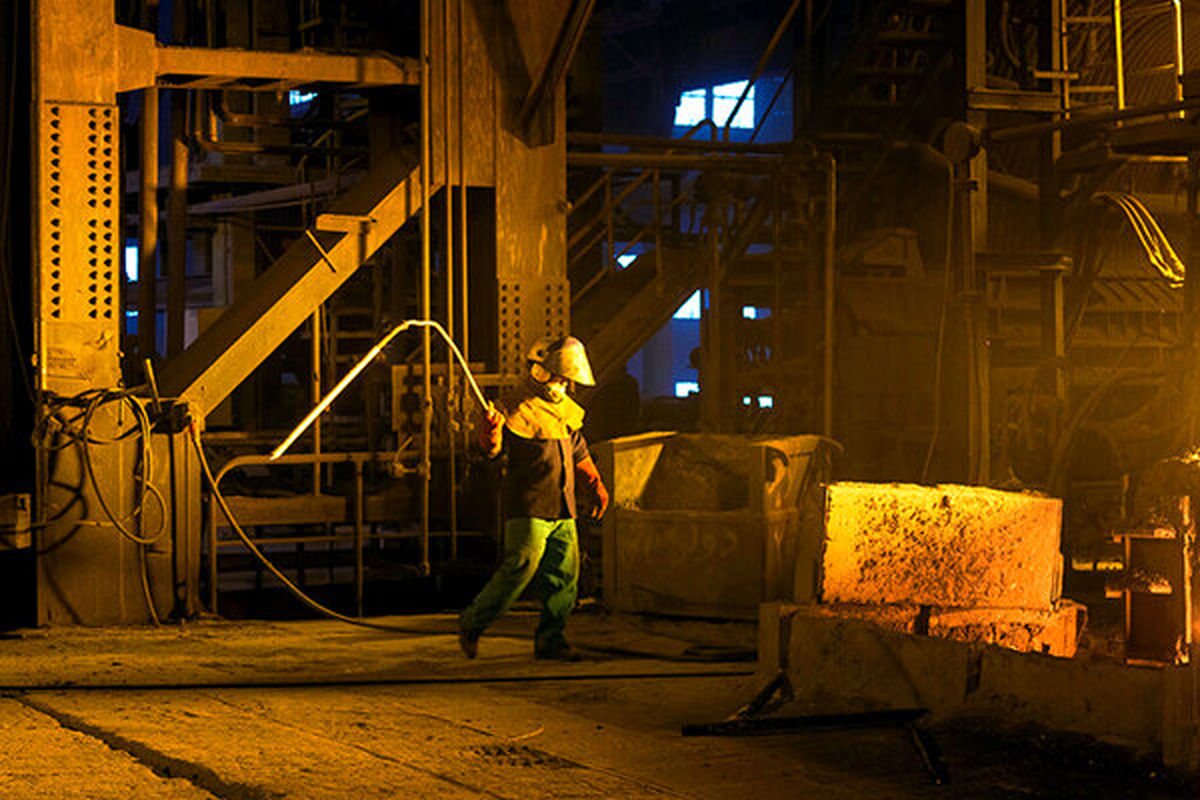 نقش راهبردی صنایع فولاد هرمزگان در تحقق جهش تولید