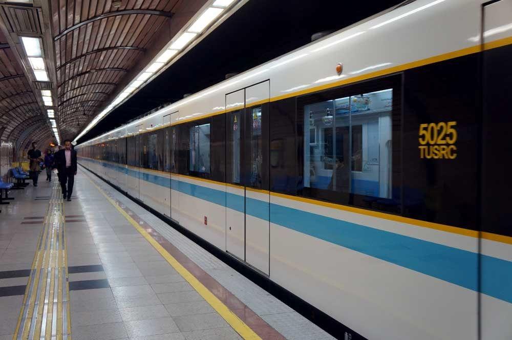 حادثه وحشتناک و دلخراش در مترو تهران | قطار از ریل خارج شد