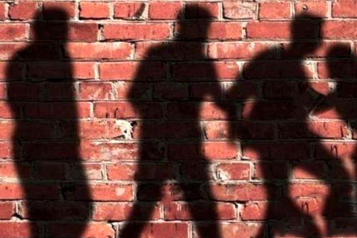 تجاوز وحشتناک سه مرد به پسر بچه