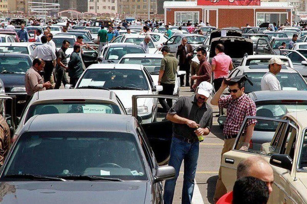 آیا واقعاً ایرانخودرو بازار خودرو را نابسمان کرده است؟