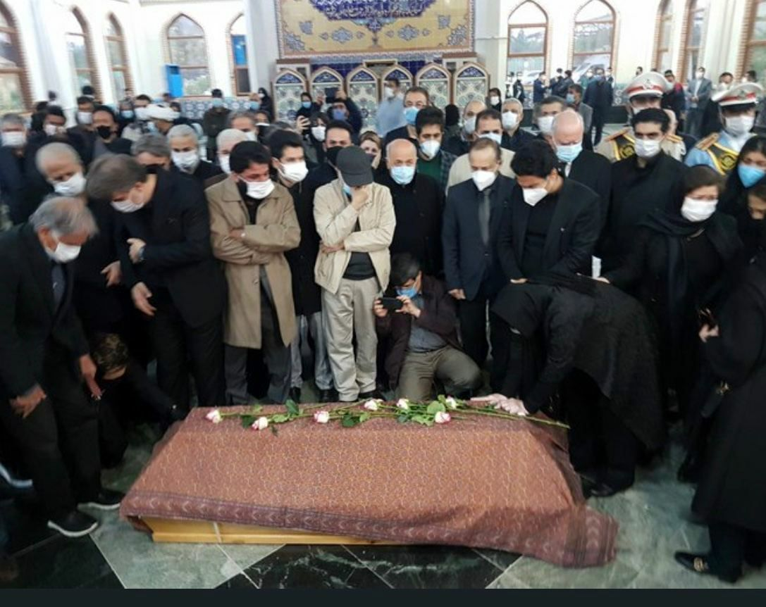 نماز بر پیکر محمدرضا شجریان اقامه شد +عکس