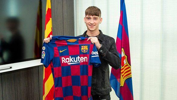بارسلونا ستاره 16 ساله وست برومویچ را خرید