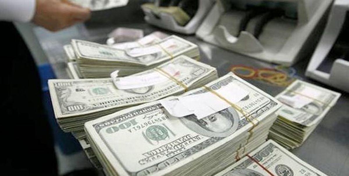 دلار سقوط کرد