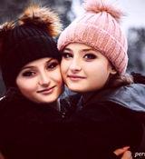 برف بازی سارا و نیکا به همراه یک پسر جوان در سوئد + عکس و فیلم