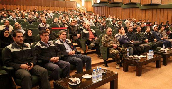 برگزاری همایش بصیرت و گرامیداشت حماسه 9 دی در ذوب آهن اصفهان