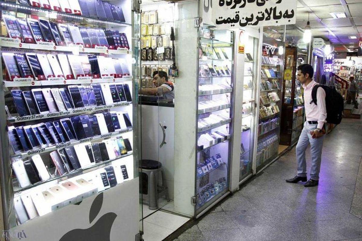 تا ۳ میلیون میتوانید این گوشی ها را بخرید + جدول