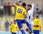 بازیکن نفت مسجدسلیمان با آمبولانس از ورزشگاه خارج شد
