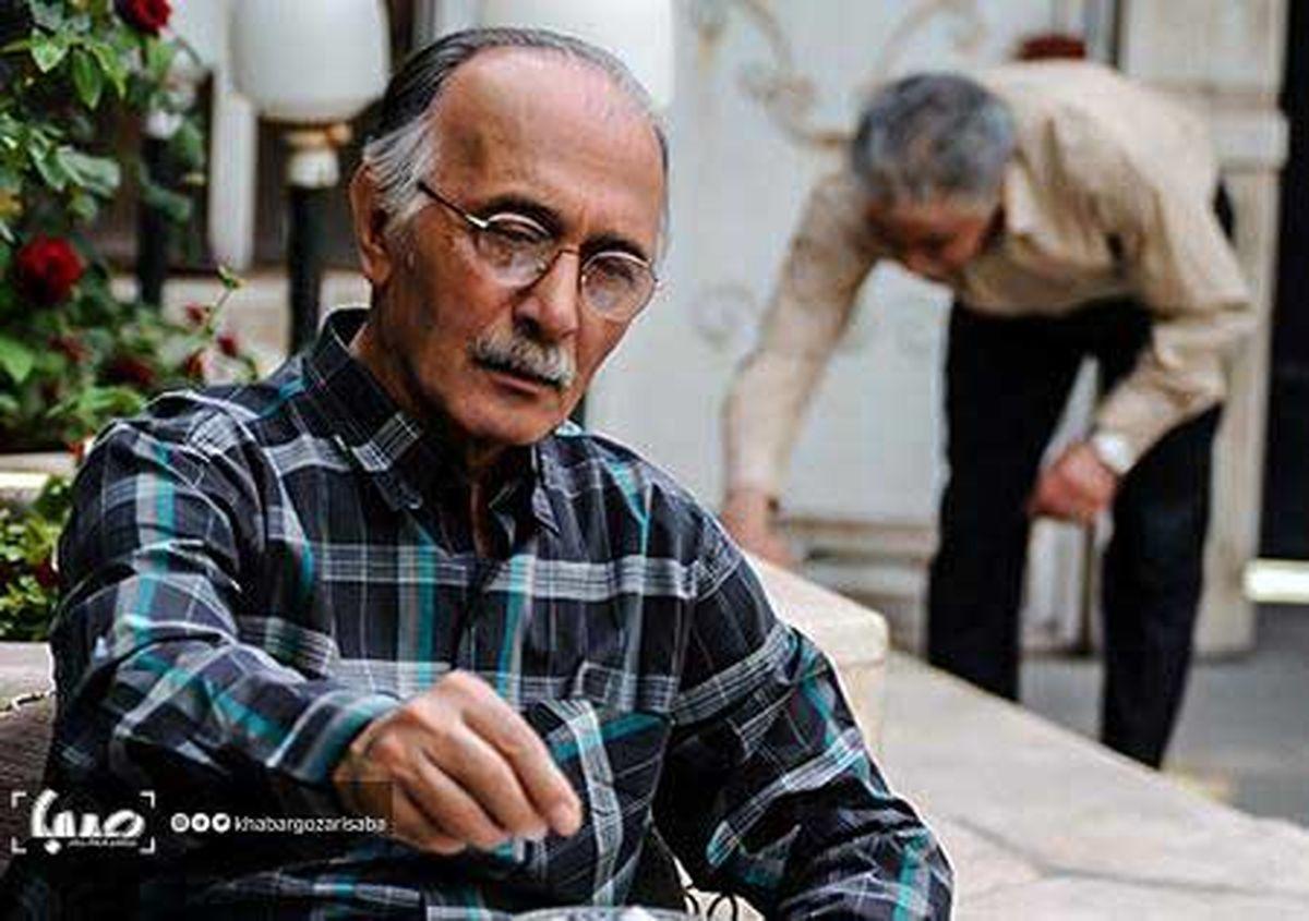 پرویز پورحسینی در کنار همسرش به خاک سپرده میشود