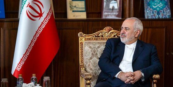 ستاد اجرایی فرمان امام رسما از ظریف حمایت کرد + جزئیات