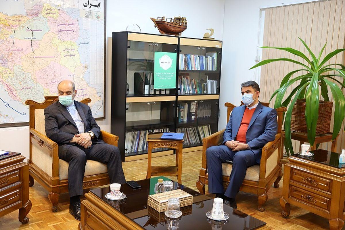 دیدار نمایندگان مجلس با «حمیدرضا مؤمنی» مشاور رییس جمهور در امور مناطق آزاد کشور