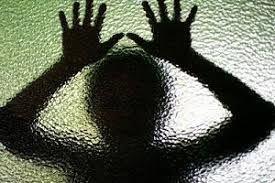 پدر شیطان صفت دختر 9 ساله اش را سه بار باردار کرد