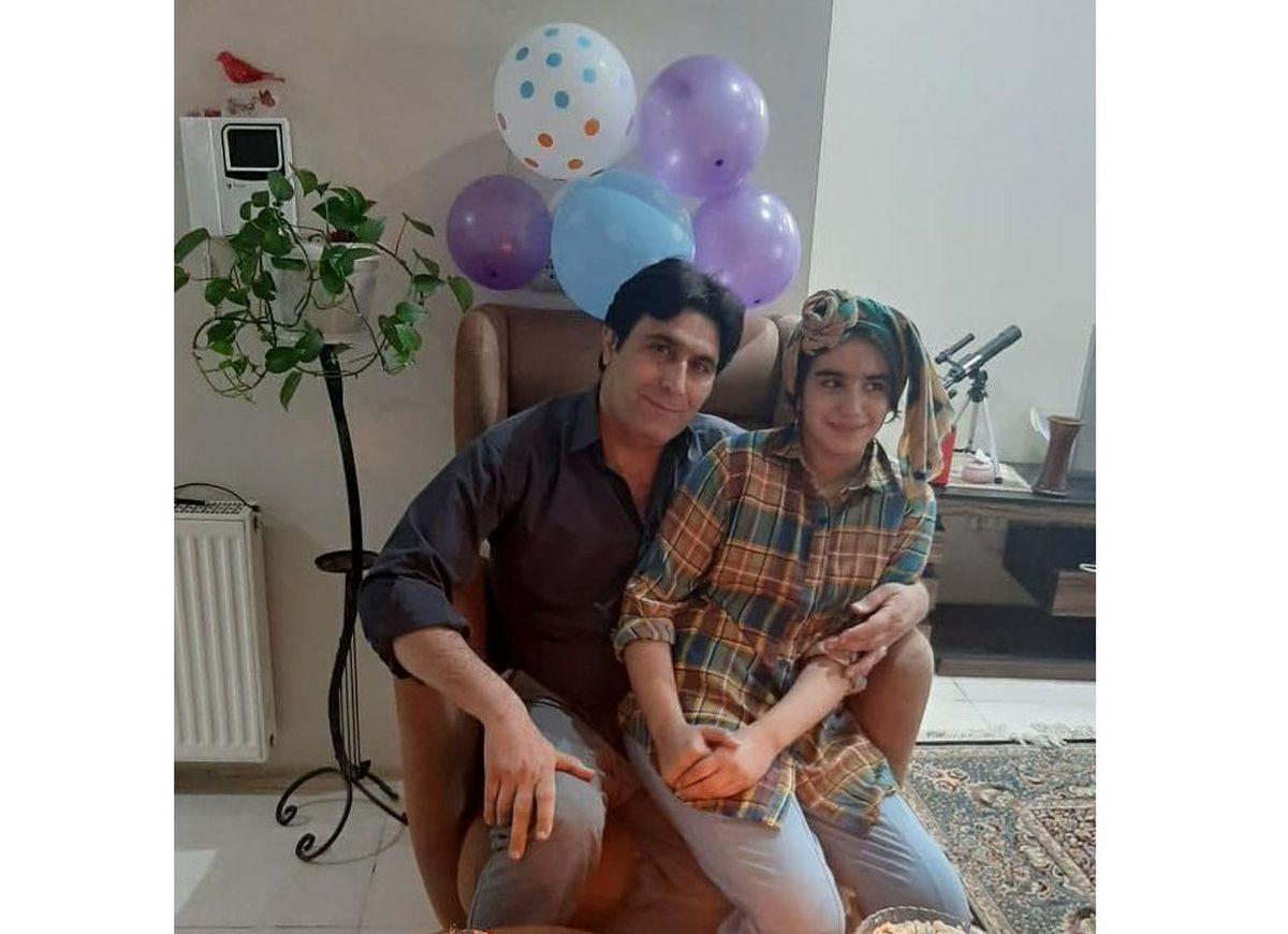 خودسوزی معلم اصفهانی جلوی دادگستری + فیلم دردناک