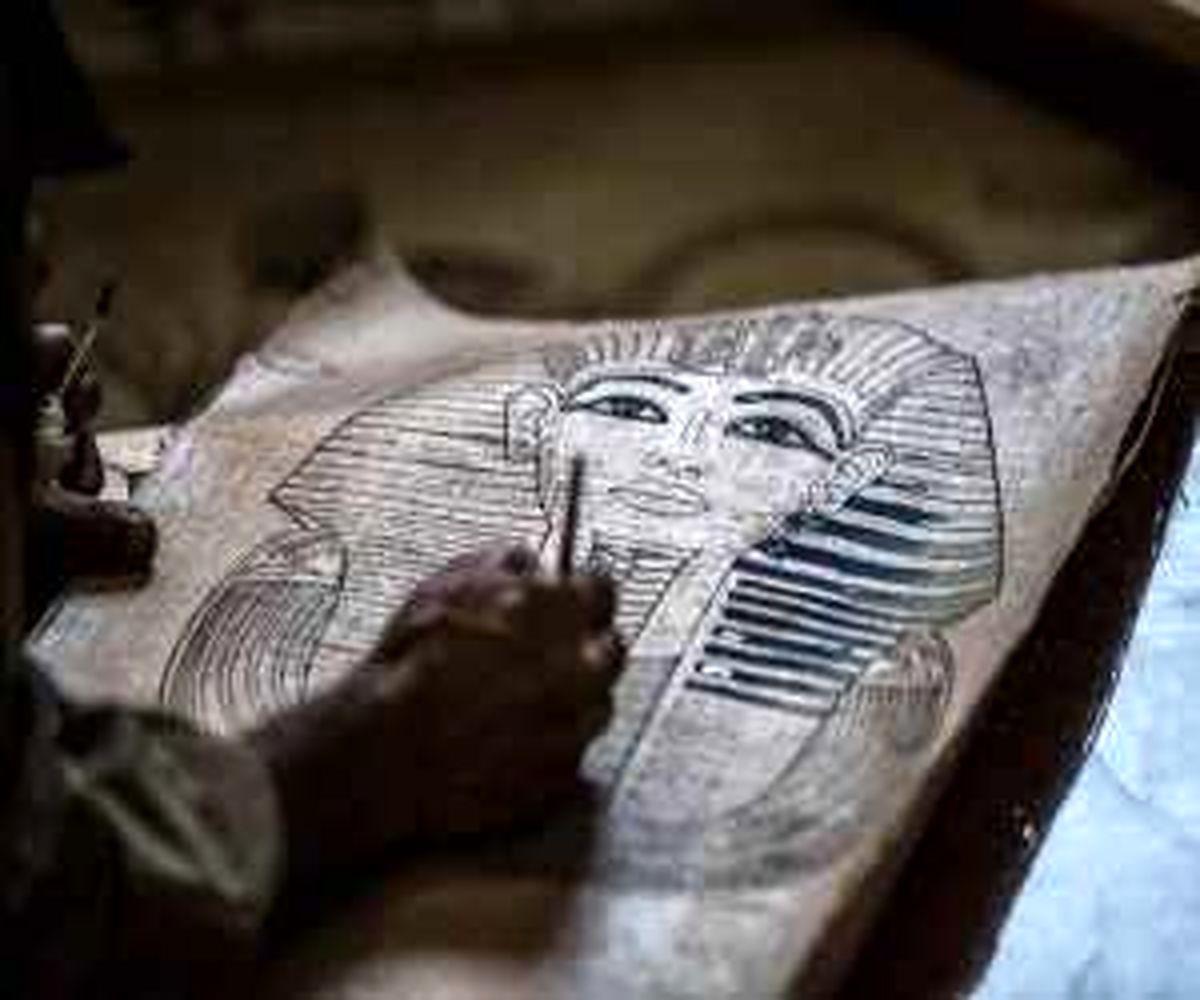 تصاویری از سنت فرعونی پاپیروس در مصر - این کاغذ چگونه ساخته می شود؟