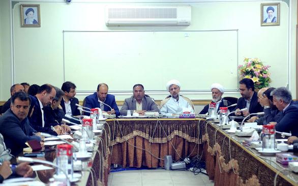 بررسی اصلاح الگوی کشت و سازش بخش کشاورزی با کم آبی در شهرستان لنجان