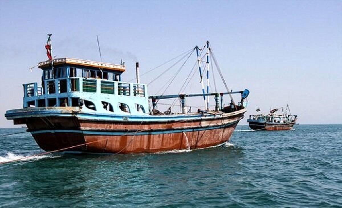 بلاتکلیفی شناورهای ایرانی در ساحل دبی + جزئیات