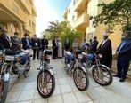 5 دستگاه موتورسیکلت از سوی سازمان منطقه آزاد قشم به پایگاه دریابانی جزیره قشم اهداء شد