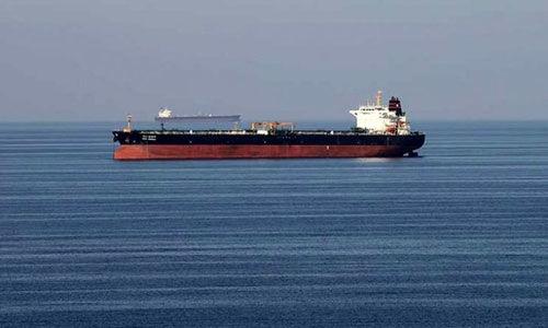 ناخدای نفت کش توقیف شده ایرانی در زندان + جزئیات