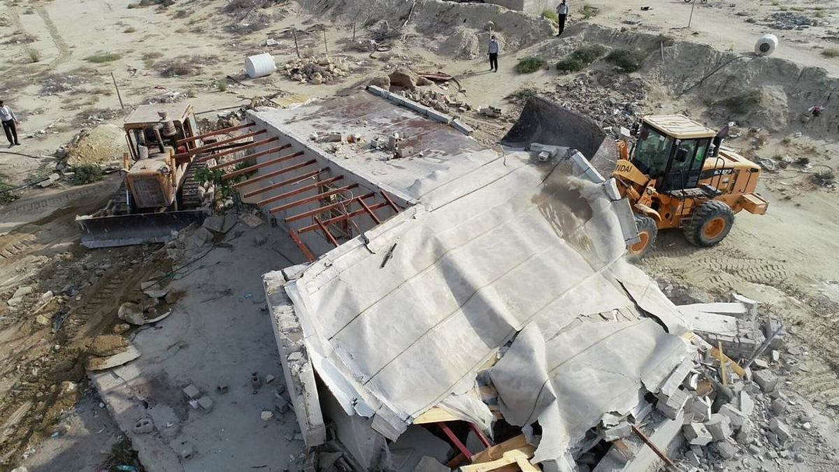 رفع تصرف اراضی ملی و دولتی قشم به ارزش بیش از 84 میلیارد ریال در شهر درگهان