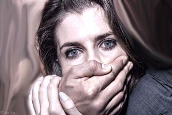 تجاوز زوری شوهر و دوستانش به همسرش در حمام خانه + تصاویر دلخراش ( +16 )