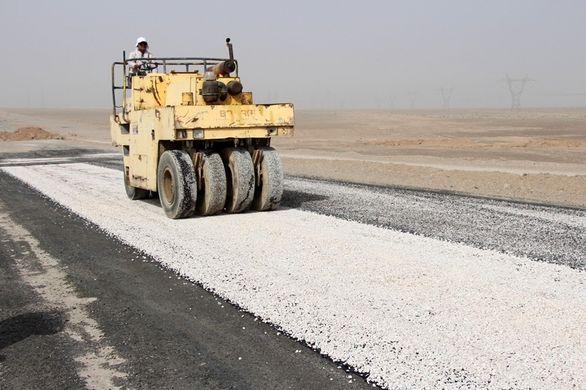 آغاز عملیات آسفالت در محور بافق به معدن چاه گز
