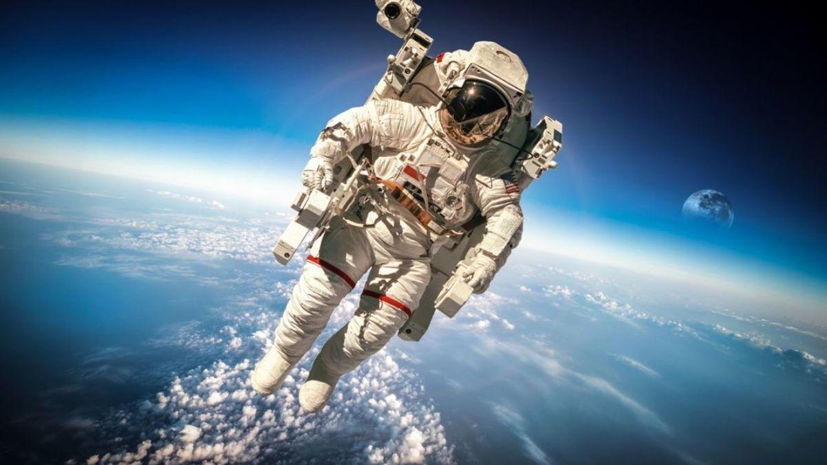 بلیت سفر به فضا چند؟