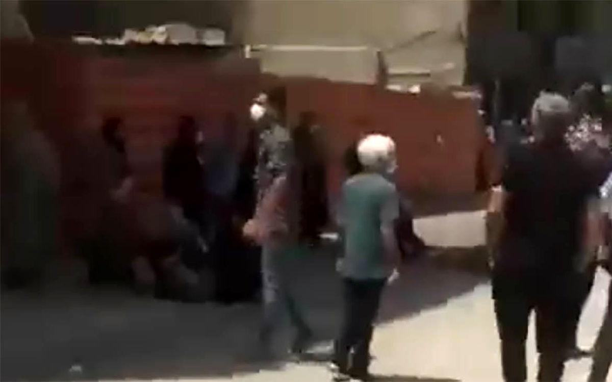 زجه های جگرسوز مادر برای خودکشی دختر ۹ ساله اش + ویدئو