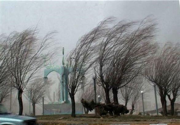 باد شدید در راه تهران