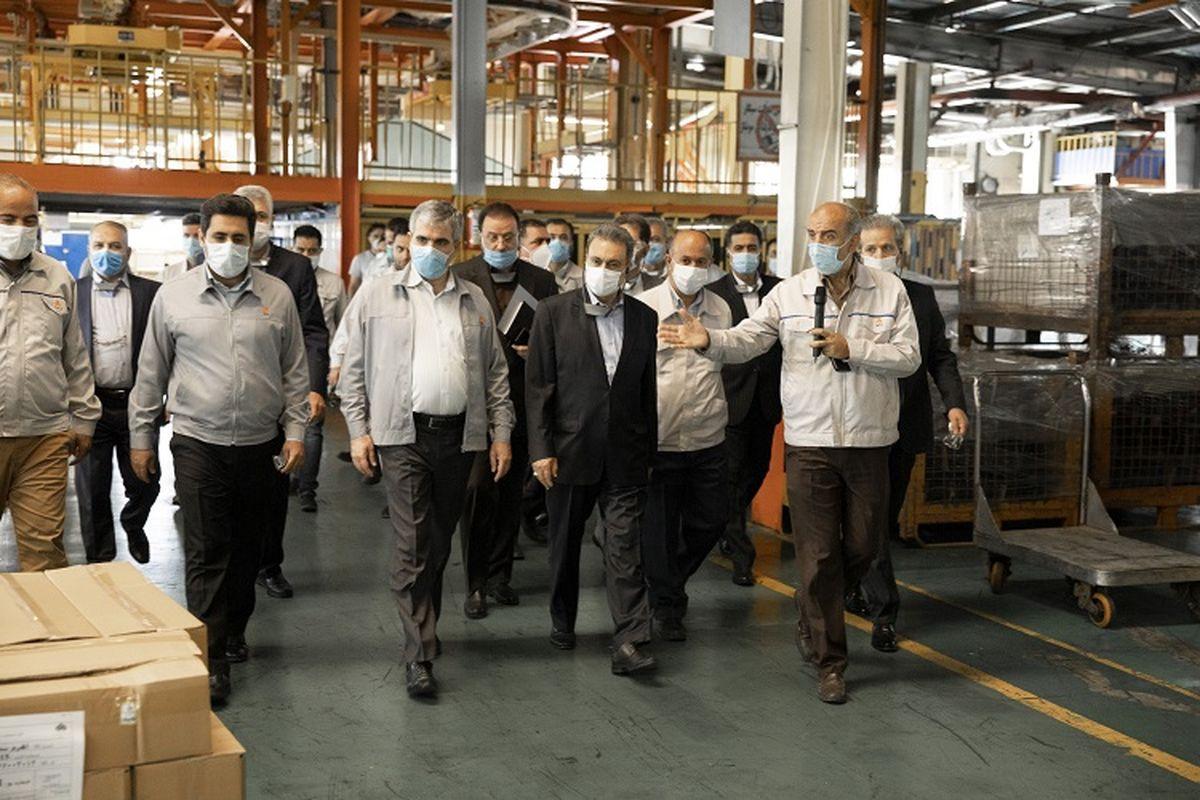 نوآوری و تولید محصولات جدید در شرایط تحریم کار بزرگ و ارزشمندی است