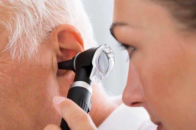 گوش درد در چه صورتی علامت کروناست؟