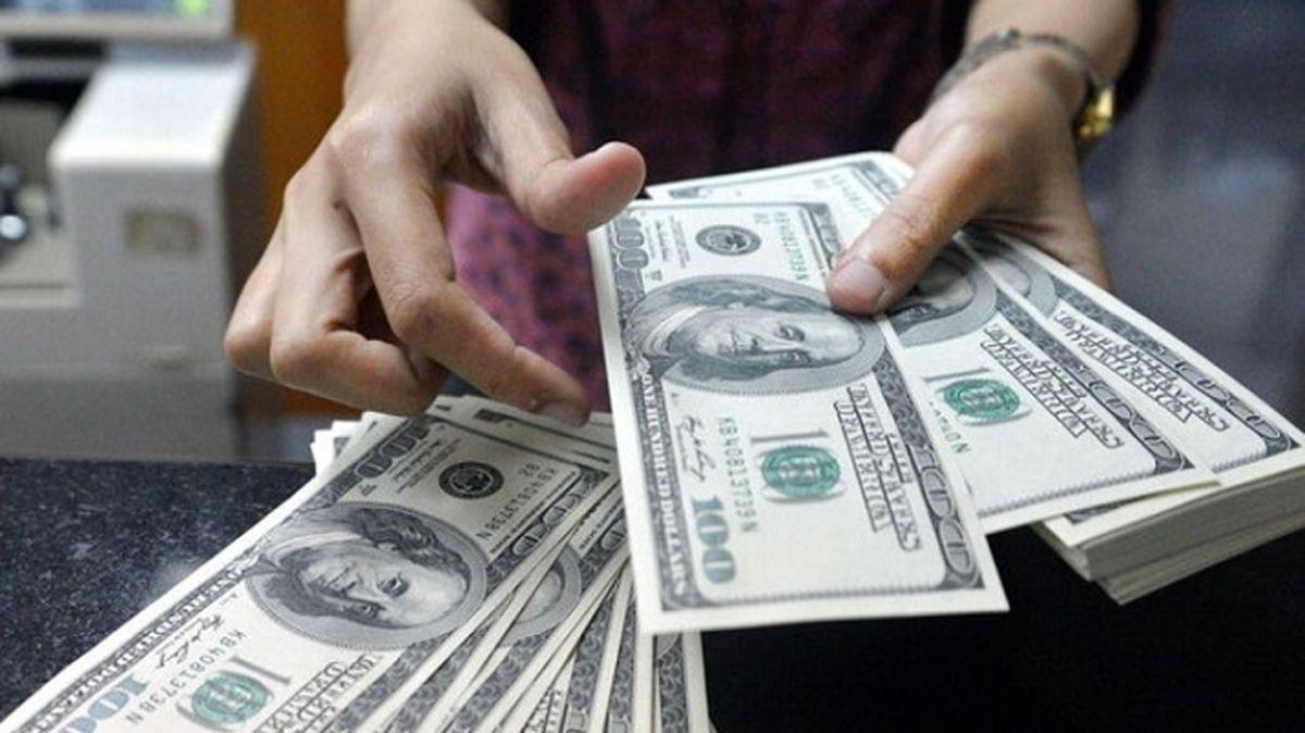 قیمت دلار در سراشیبی