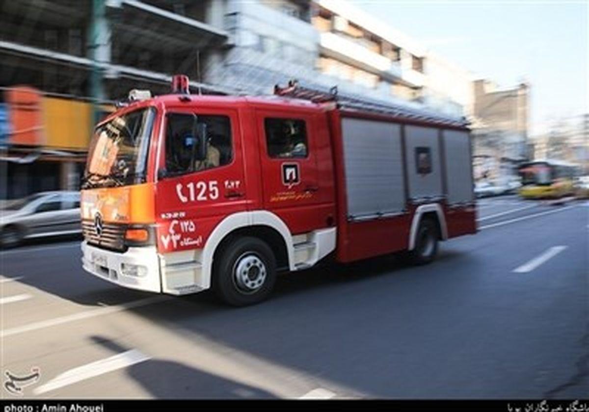 آتشسوزی جزئی یک بیمارستان در غرب تهران + عکس