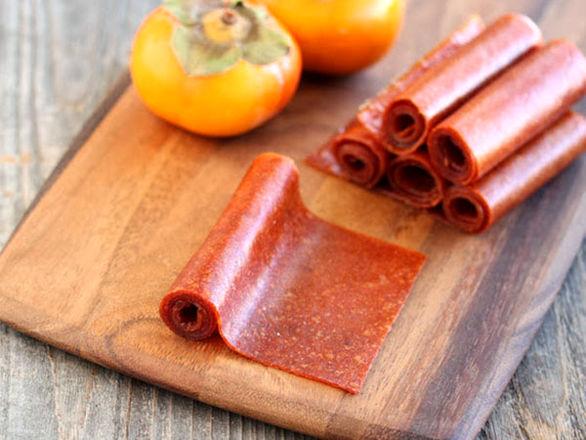 طرز تهیه لواشک خرمالو (به ۲ روش در آفتاب و در فر)