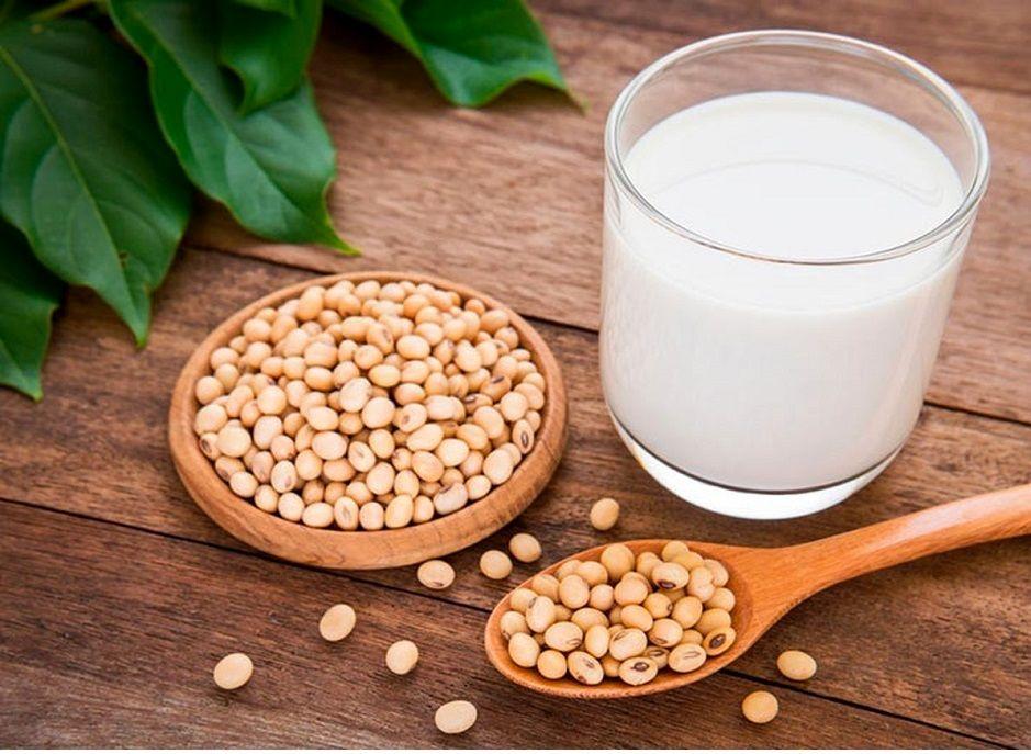 چه تفاوتی میان شیر سویا با شیر گاو است؟