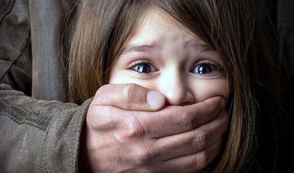 تجاوز جنسی وحشتناک 3 جوان به دختر دبیرستانی در خانه دوست پسرش