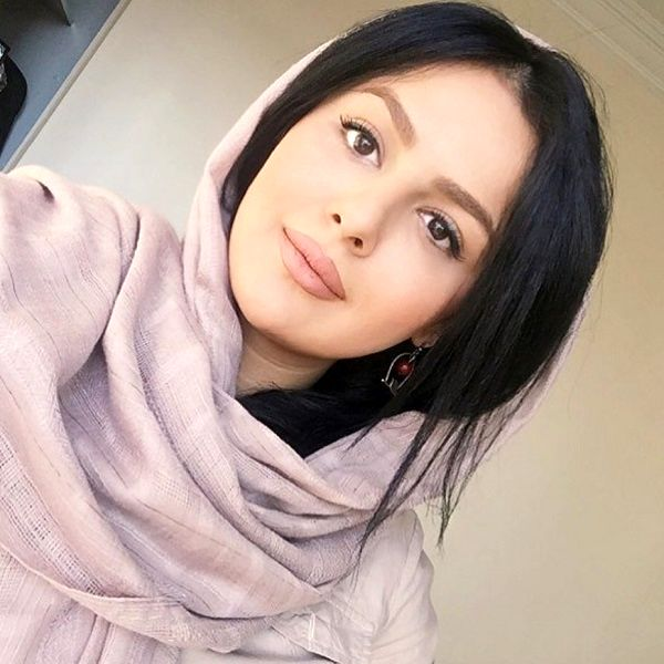 اولین فیلم از همسر دوم پیمان قاسم خانی در سالن زیبایی + فیلم