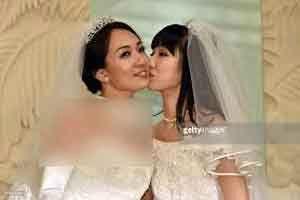 عکس ها لو رفته از مراسم ازدواج دو بازیگر همجنسگرا + تصاویر