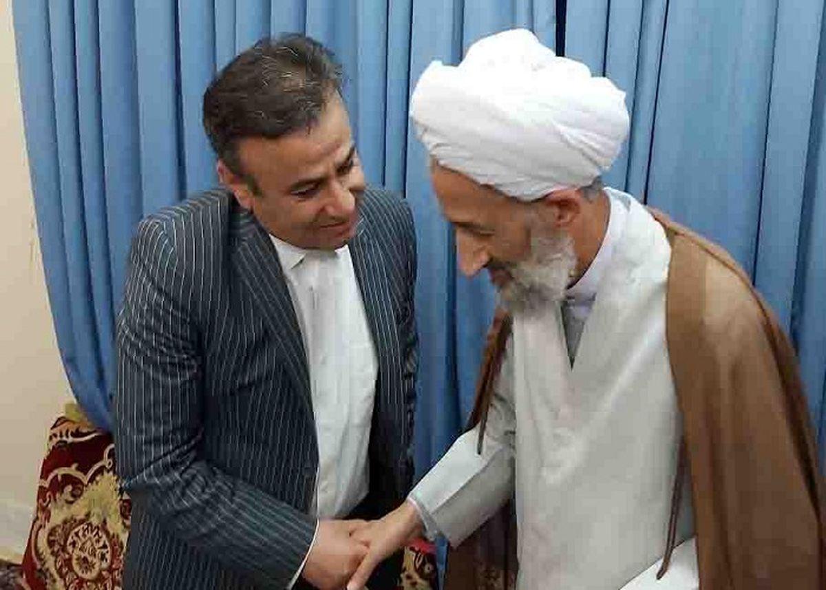 مدیرکل پست مازندران با نماینده ولی فقیه در استان دیدار کرد