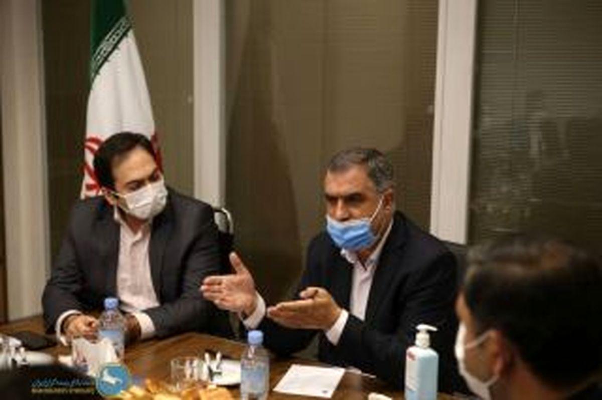دبیرکل سندیکای بیمه گران ایران از بیمه آسماری بازدید کرد
