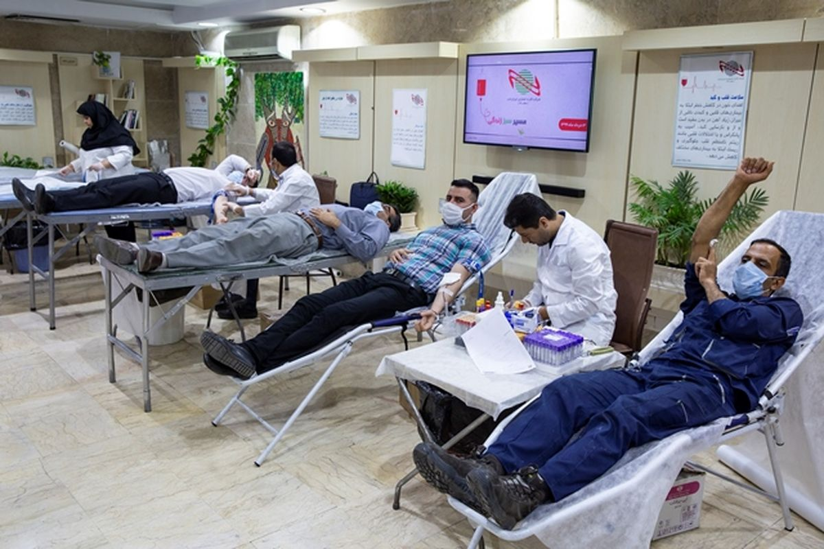مشارکت خانواده ایران کیش به مناسبت روز اهدای خون