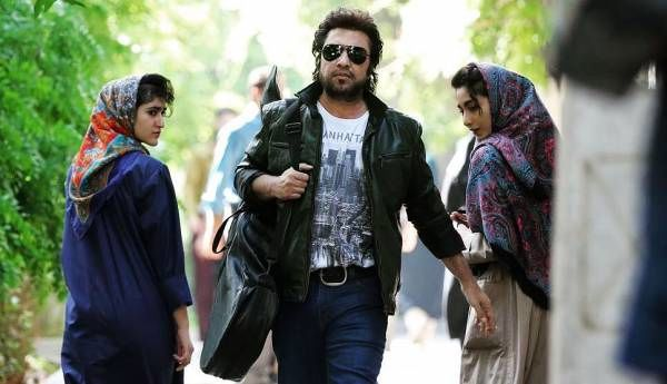 رضا عطاران در فیلم نهنگ عنبر