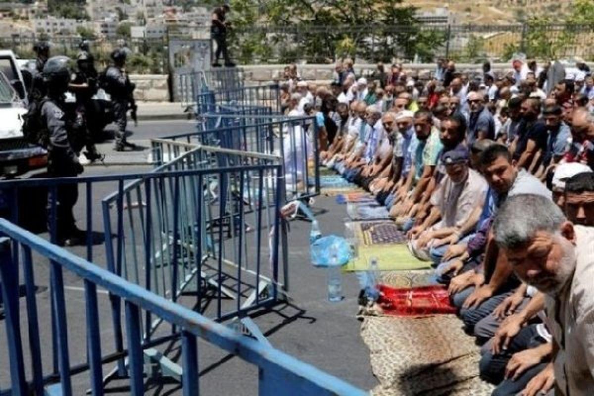حمله نظامیان صهیونیست به نمازگزاران در مسجدالاقصی
