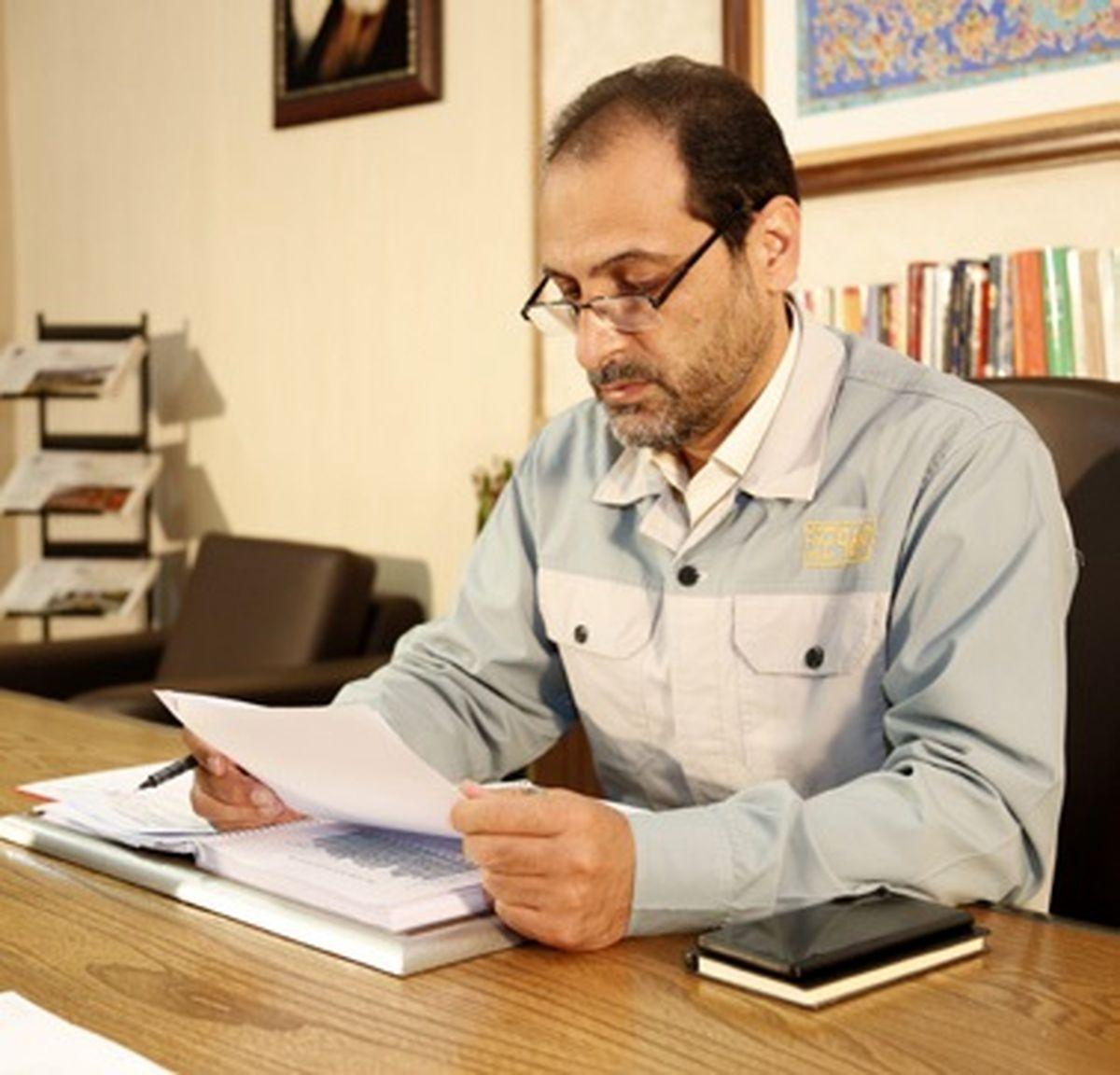 مدير روابط عمومي فولاد مباركه در يادداشتي به مناسبت روز خبرنگار عنوان كرد: ديده بانان جامعه، تصويرگران زندگي