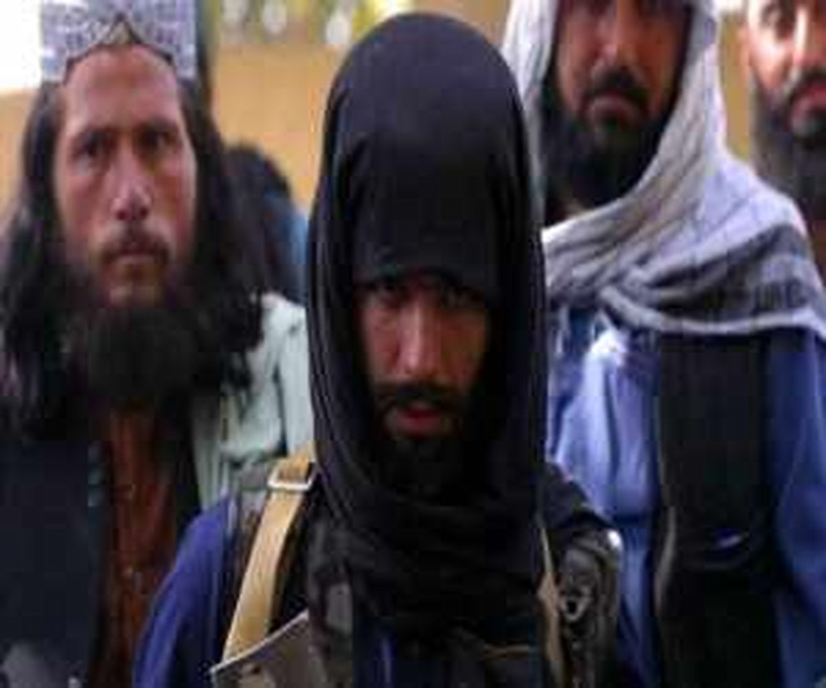 (تصویر) نخستین نمازجمعه طالبان در مسجد بزرگ هرات افغانستان