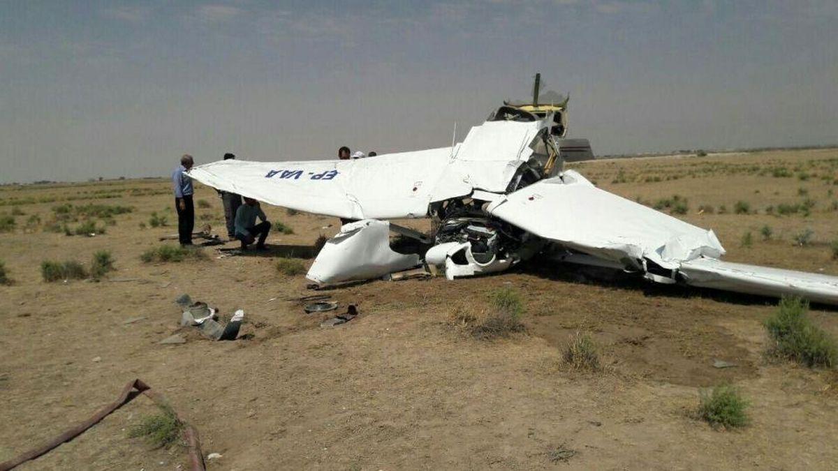 سقوط هواپیمای آموزشی فوق سبک در شهرکرد