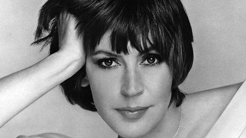 Helen Reddy, Singer Behind 'I Am Woman,' Dies at 78+ photos
