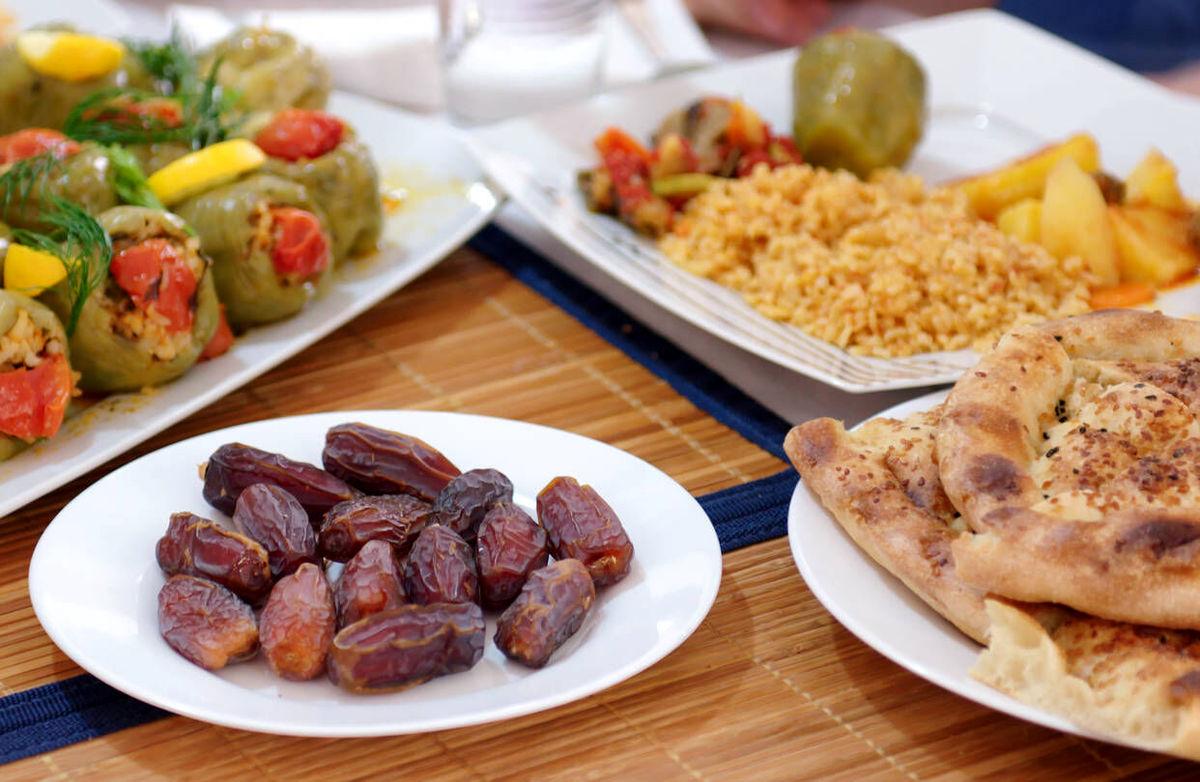 رژیم لاغری | در ماه رمضان چه چیزهایی بخوریم؟