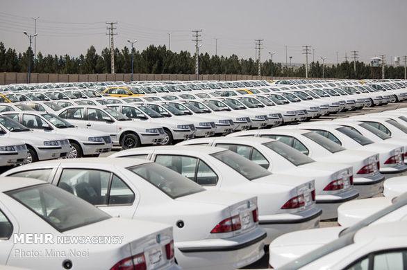 قیمت خودرو کاهش یافت
